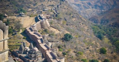 The_boundary_walls_of_Kumbhalgarh_fort,Udaipur