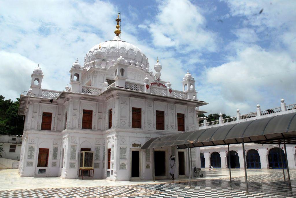 Gurudwara-Sri-Nanak-Jhira-Sahib-Bidar-Karanataka