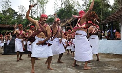 coorg-knife-dance-tiny